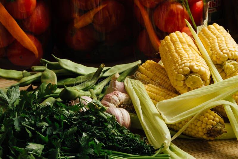 Download Czosnek, Pietruszka I Kukurudza Obraz Stock - Obraz złożonej z nutritive, zdrowy: 57655305