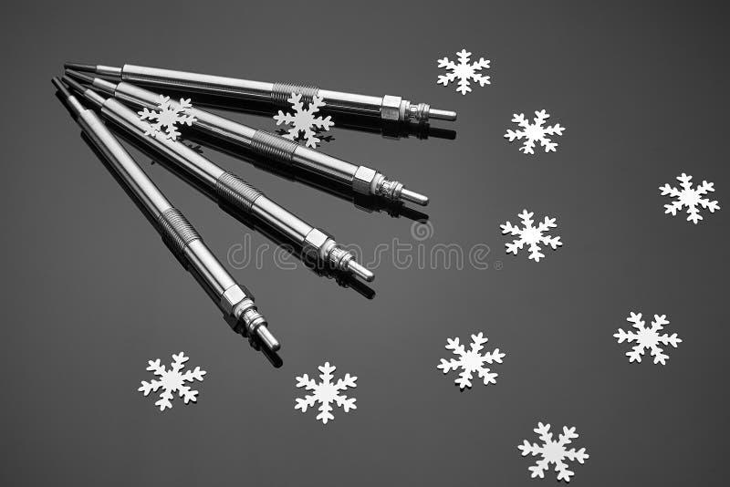 Cztery jarzeniowej prymki dla silnik diesla są istotni zaczynać w zimie obraz stock