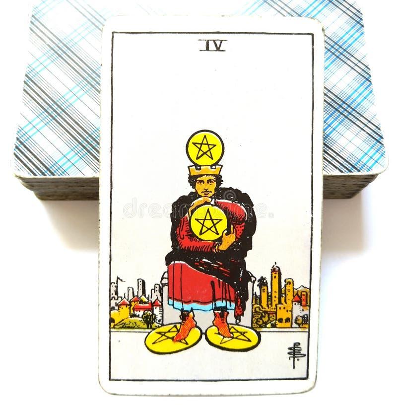4 Cztery Pentacles Tarot karty Pieniężny stabilności, ochrony Savings inwestycj Biznesowego bogactwa harpagonu centu Materialisty ilustracja wektor