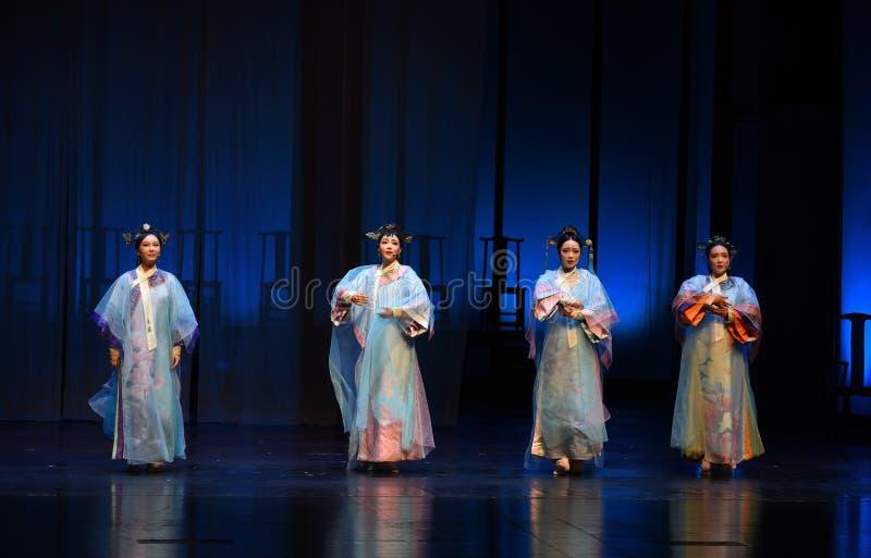 Cztery plecy nowożytne dramat imperatorowe w pałac zdjęcie stock