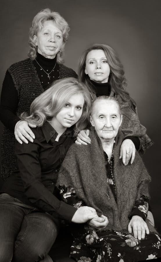 Cztery pokolenia kobiety w rodzinie zdjęcie royalty free