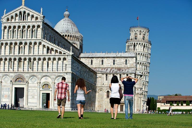 cztery przyjaciół Pisa urlopowy target4441_0_ zdjęcia stock