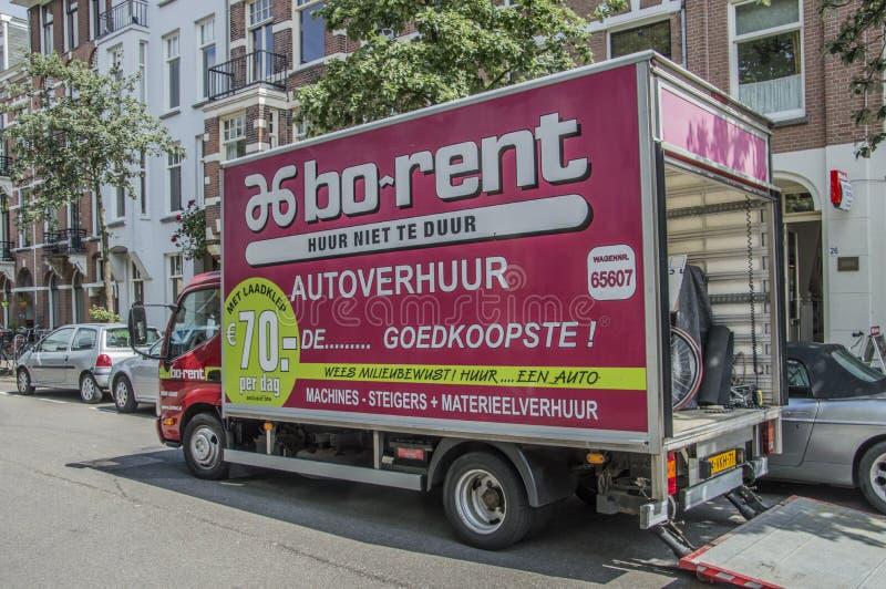 czynsz ciężarówka Przy Amsterdam holandie zdjęcia stock