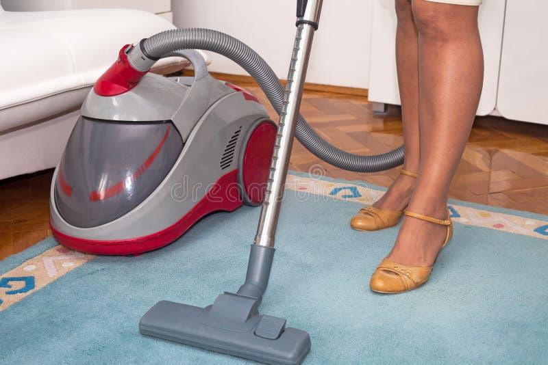 czysta gospodyni domowej próżnia obraz royalty free