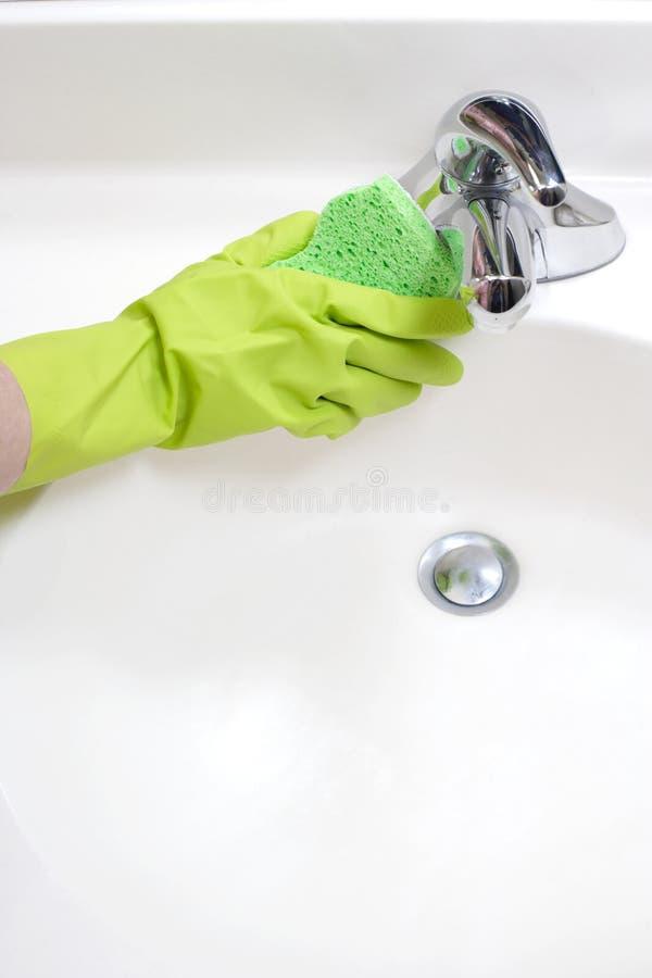 czyszczenie zlewem łazienki zdjęcia royalty free
