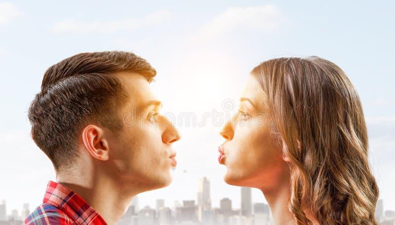 Dá-me um beijo Mídia mista fotos de stock royalty free