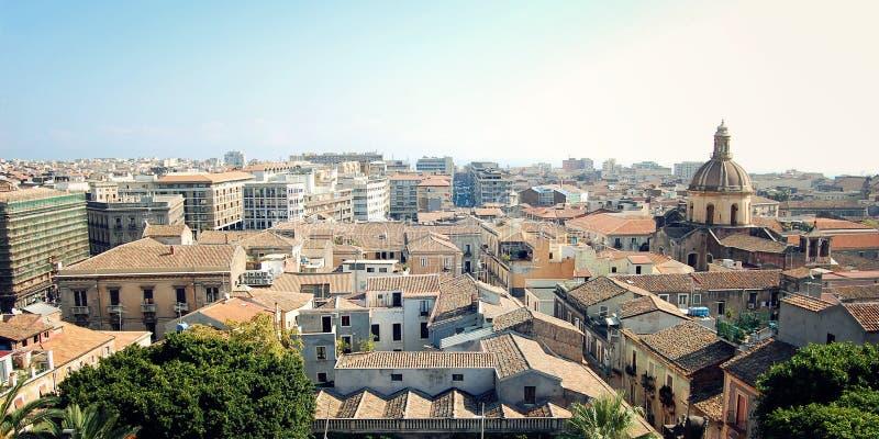 Dächer von Catania - getonter Effekt Altbauten von zentralem Catania lizenzfreies stockbild