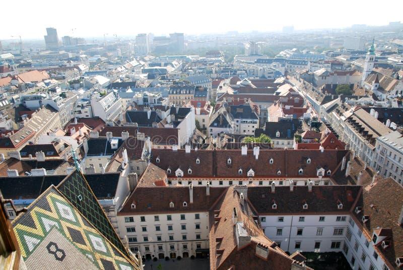 Dächer von Wien lizenzfreies stockbild