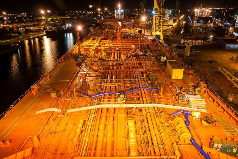 Däcket av tankfartyget fotografering för bildbyråer