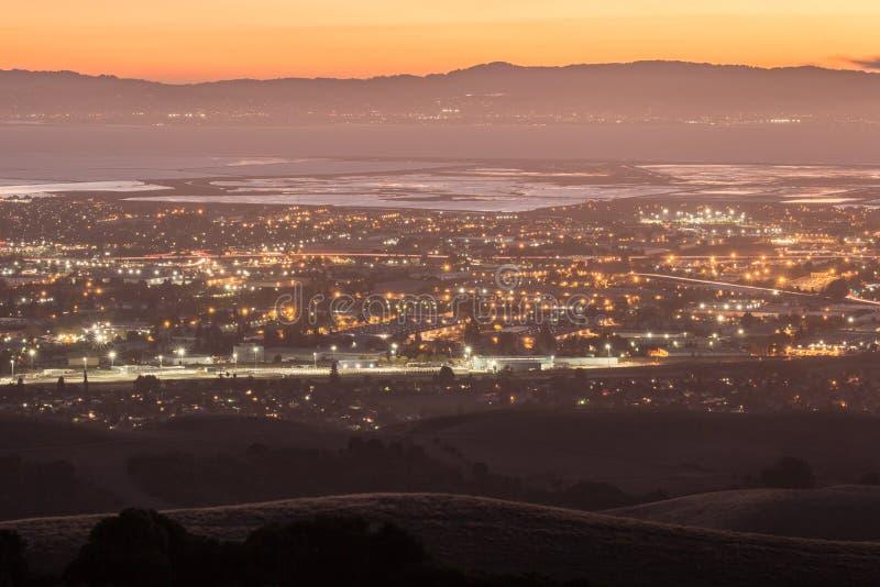 Dämmerung über Silicon Valley lizenzfreies stockbild