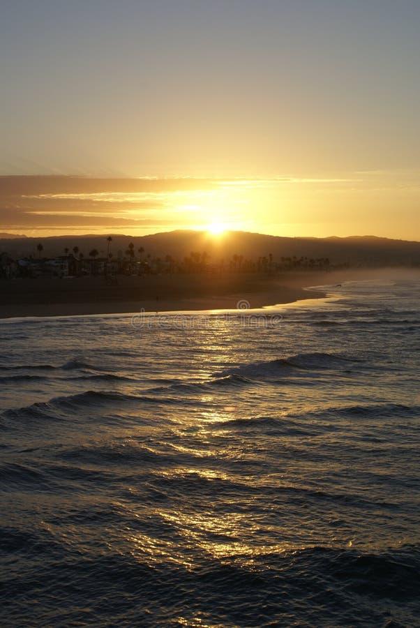 Dämmerung an Newport-Strand, Kalifornien stockbilder
