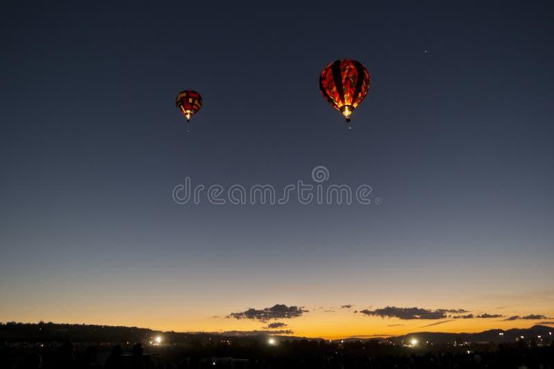 Dämmerung-Patrouille am großen Reno-Ballon-Rennen lizenzfreie stockfotos