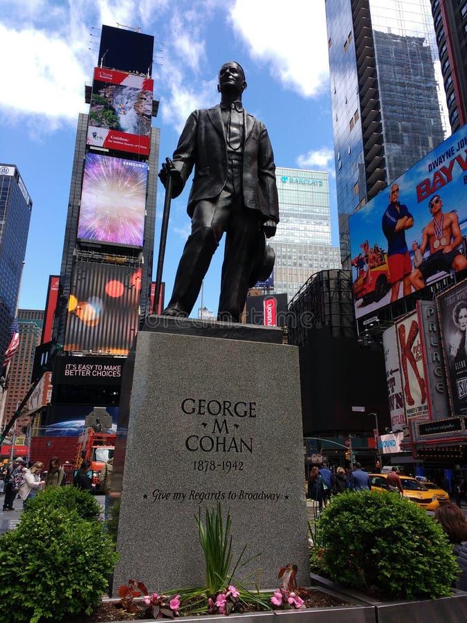 Dé mis respetos a Broadway, George M Cohan, Times Square, New York City, NYC, NY, los E.E.U.U. foto de archivo