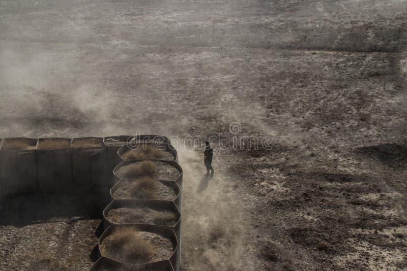 Débarquement d'un hélicoptère à un HLZ à distance en Afghanistan photo stock