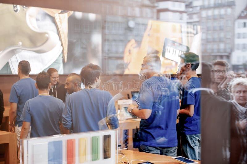 Début d'iPhone 6 ventes photos libres de droits