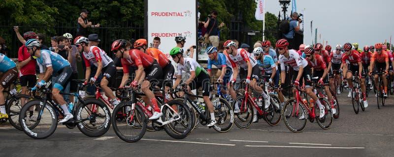 Début de la course classique de prudence de RideLondon-Surrey image libre de droits