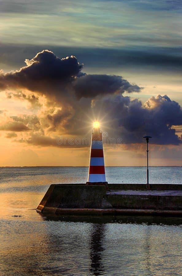 Début de la matinée sur le bord de mer photographie stock