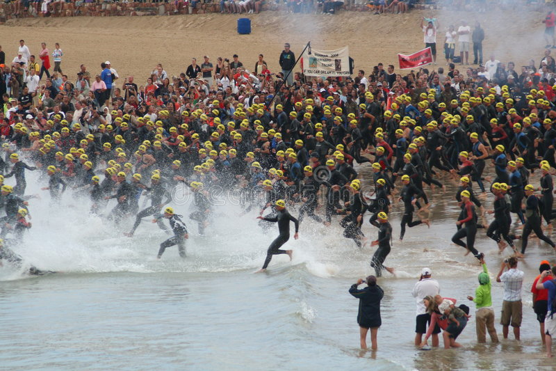 Début de triathlon d'Ironman photographie stock