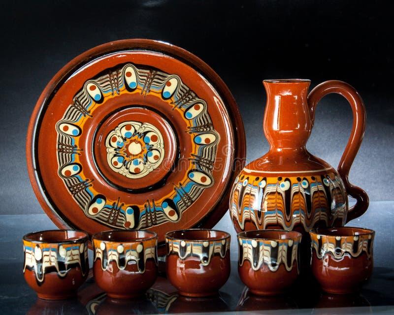 Décanteur en céramique de tasses image stock
