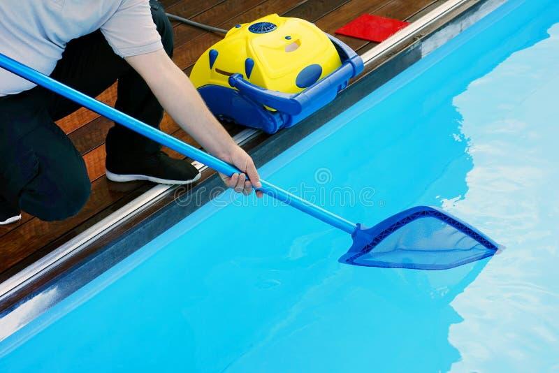 Décapants automatiques de piscine photos libres de droits