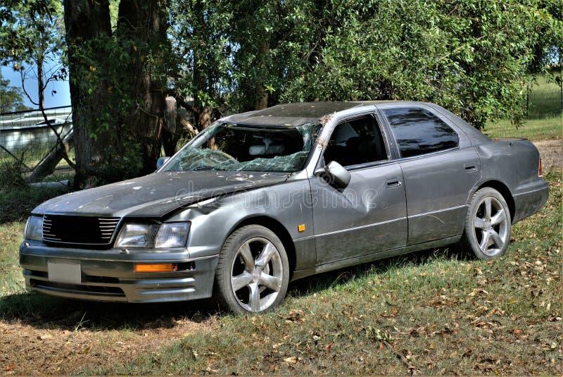 Décharge détruite de voiture photo stock