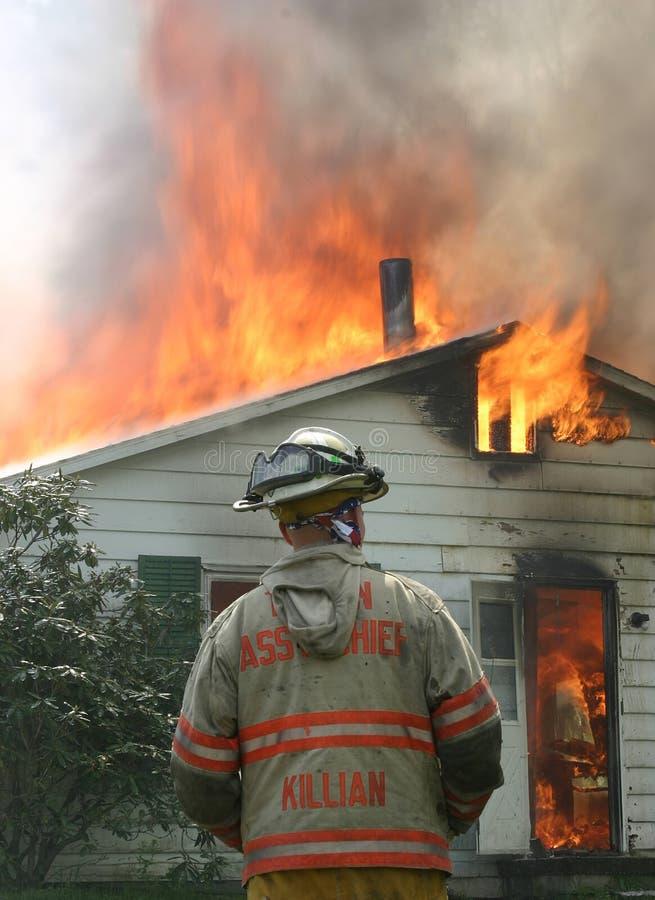 Download Décision de commande image stock. Image du pompiers, incendie - 90929