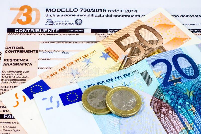Déclaration d'impôt italienne appelée 730 photographie stock libre de droits