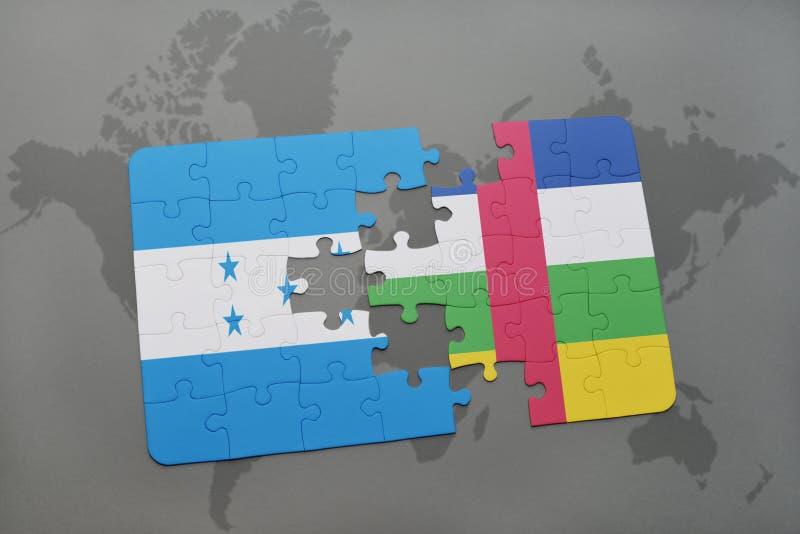 déconcertez avec le drapeau national du Honduras et de la république centrafricaine sur une carte du monde illustration de vecteur