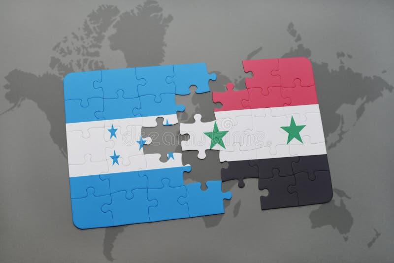 déconcertez avec le drapeau national du Honduras et de la Syrie sur une carte du monde illustration libre de droits
