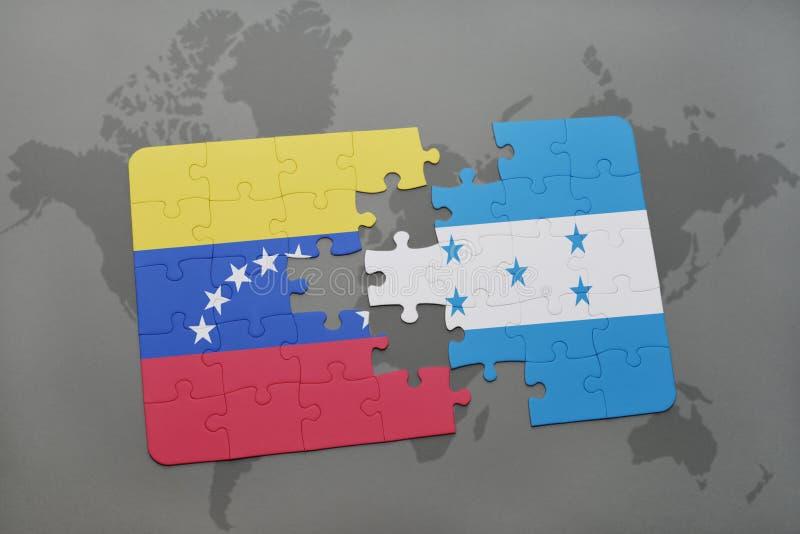 déconcertez avec le drapeau national du Venezuela et du Honduras sur un fond de carte du monde illustration stock