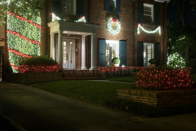 Décoré pour l'entrée de maison de Noël Décor de Noël L'hiver photo libre de droits