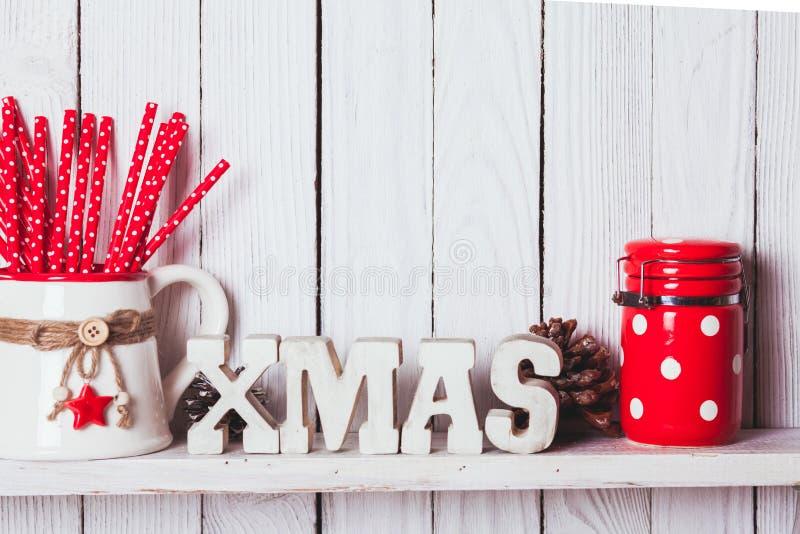 Décor de Noël sur l'étagère images libres de droits