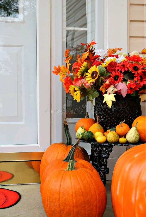 Décoration à la maison douce d'automne images libres de droits