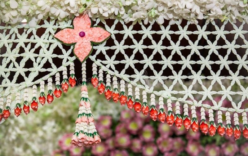 Décoration de fleurs sur l'étape image stock