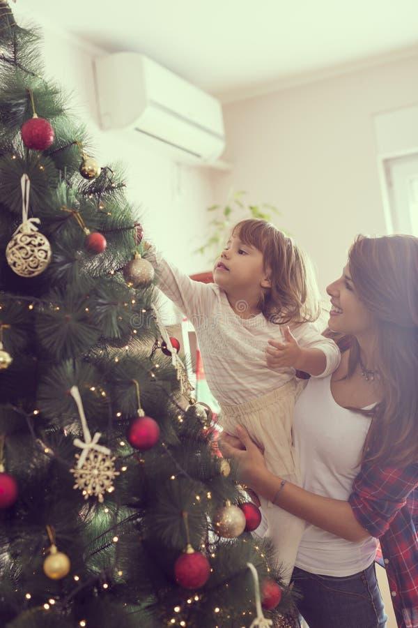 Décoration de l'arbre de Noël images stock
