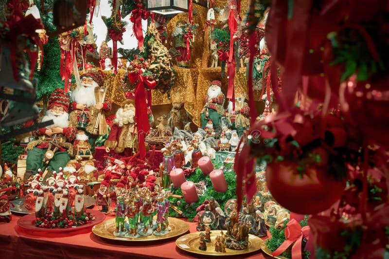 Download Décoration de Noël image stock. Image du image, arrivée - 45364307