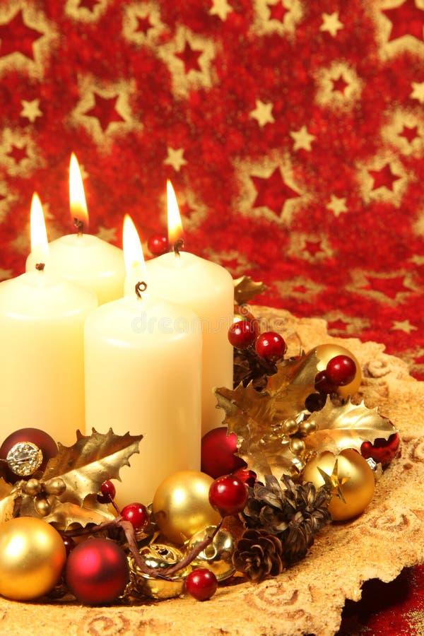 Décoration de Noël avec des bougies images libres de droits