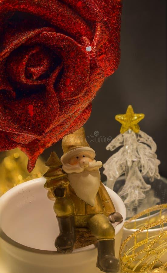 Décoration de Noël avec le père noël image stock