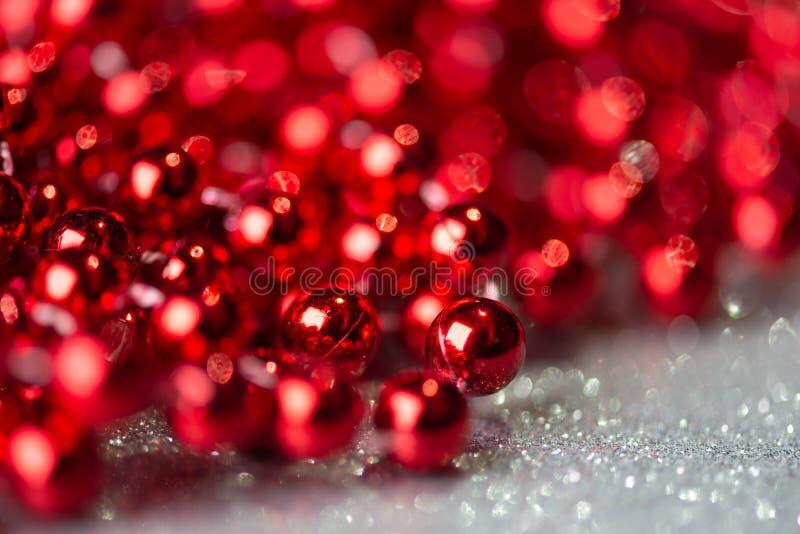 Décoration de Noël avec lumières de boules image libre de droits