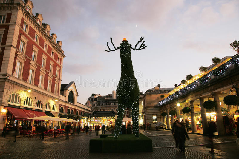 2013, décoration de Noël de Londres, jardin de Covent photographie stock libre de droits