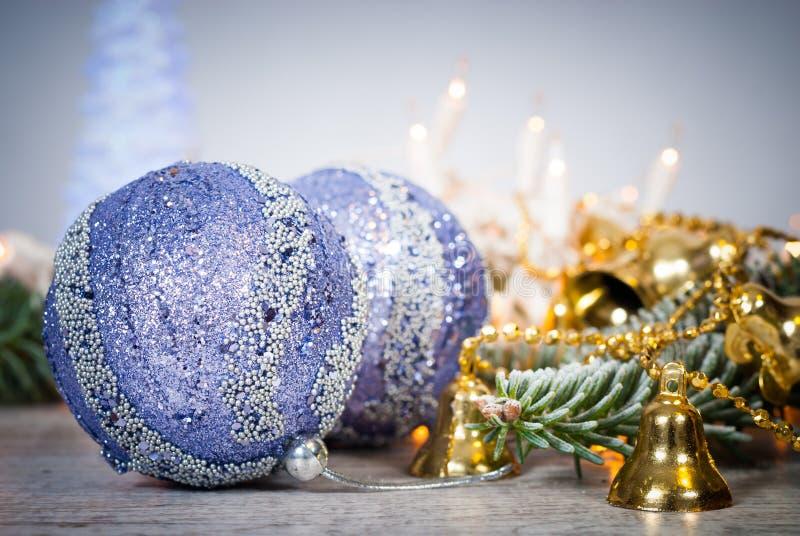 Décoration de Noël Fond de Cristmas avec les boules et le christm images libres de droits