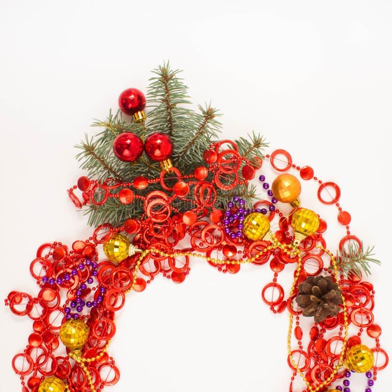 Décoration de Noël lumière de vacances de guirlande de décorations colorée par ampoules de fond allumée image stock