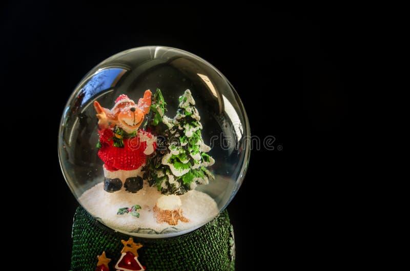 Décoration de Noël sur un fond noir image stock