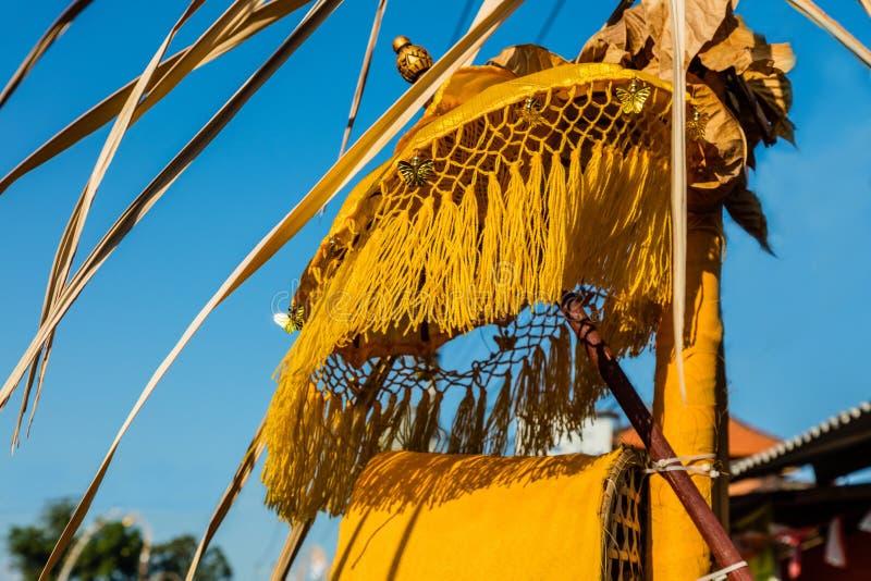 Décoration de poteau de Penjor pour la célébration de Galungan, île de Bali, Indonésie image libre de droits