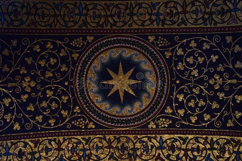 Décoration intérieure du plafond de la cathédrale de Westminster à Londres photographie stock