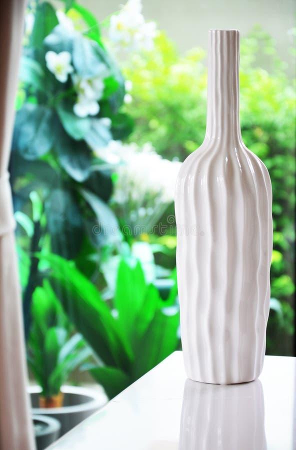 Décoration moderne de vase image stock