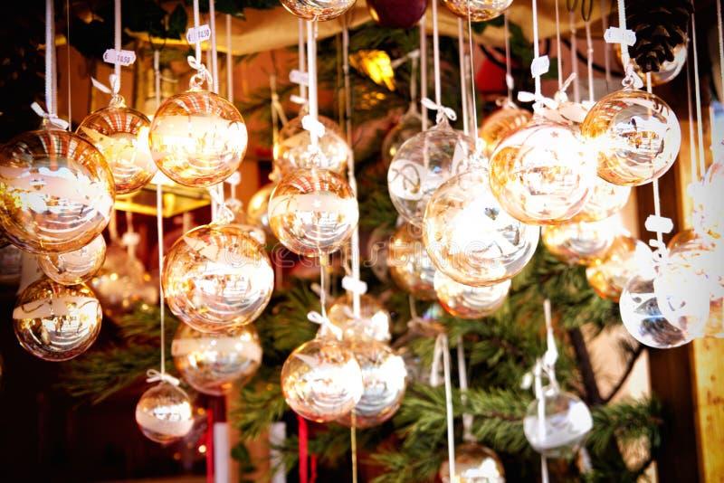 Download Décorations de Noël photo stock. Image du billes, vert - 45371582