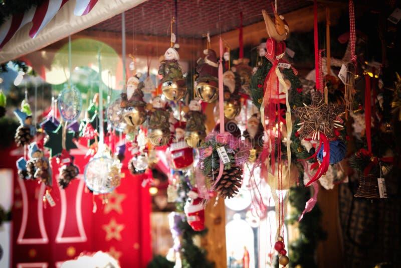 Download Décorations de Noël image stock. Image du glace, branchement - 45371651
