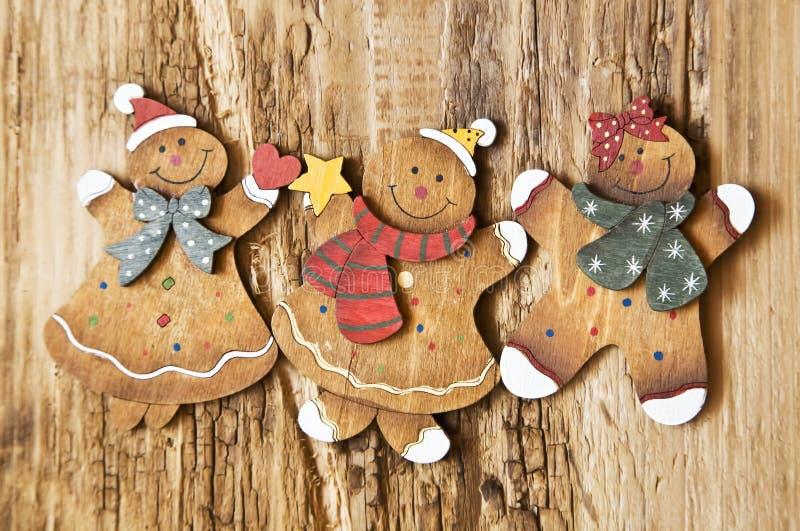Décorations en bois de Noël de Madame et d'homme de vintage photographie stock