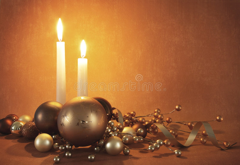 Décorations et bougies de Noël photo stock